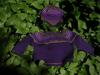 Sss_baby_sweater___hat_small2