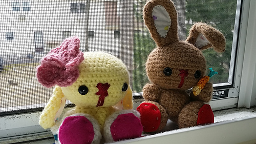 Bunnies_in_window_medium