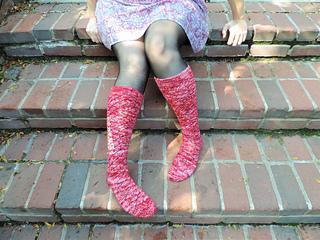 Cranberry_sauce_socks__2__small2