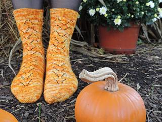 Pumpkin_pie_socks__1__small2