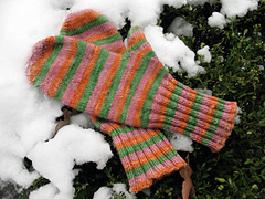 Top_down_mittens_small