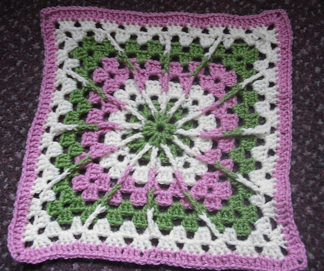 Ravelry: Double Treble Burst Square pattern by Amelia Beebe