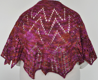 Shawl_on_margaret_small2