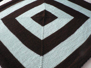 Modern_baby_blanket_002_small2