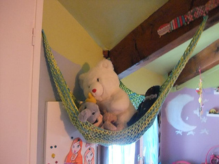Toy_hammock_small2