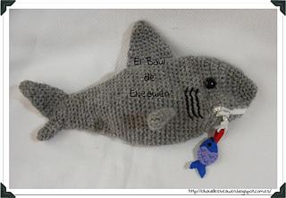Estuche_tiburon_3_small2