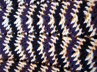 Chevron_3-season_sweater_072_small2
