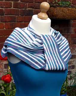 Pacific_rim_crochet_shawl__71__small2