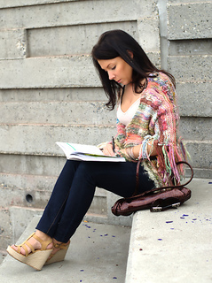 Beginner-easy-knit-shawl-pattern_small2