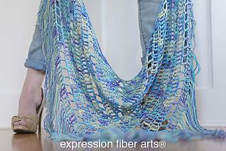 Boho-triangle-shawl-free-crochet-pattern-1_small2