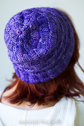 Skipping-stones-hat-knit-pattern_3944_small_best_fit