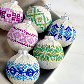 Knit_frosted_ornaments_2_small_best_fit