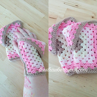 Strawberry_cheesecake_mitts_small2
