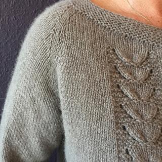 c73d9f7e957b1a Ravelry  Clara classic raglan cardigan pattern by Katrine Hannibal