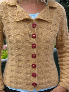 Cardigan_caramell_019_small2