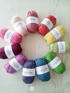 Knit_picks_yarn_small2
