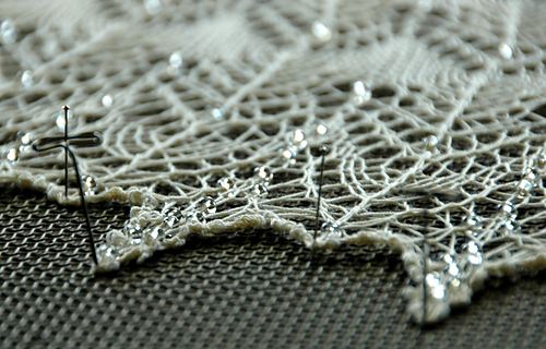 20140618_boo-knits_fragile_heart_04_medium