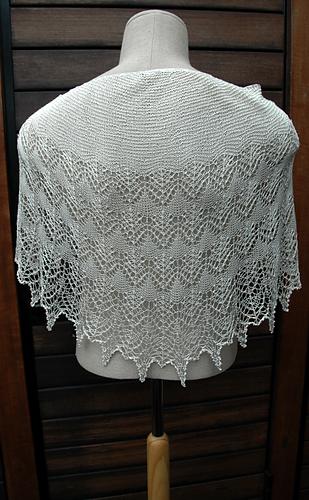 20140618_boo-knits_fragile_heart_06_medium