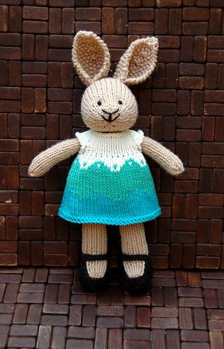 20140804_bunny_girl_dani_05_medium