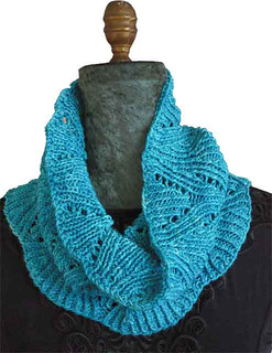 Twisted_cowl_1_2011-06-23f-blank_small2