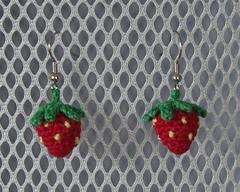 Strawberryearrings2_small