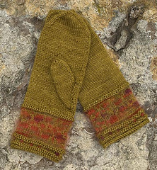 Mittens-on-rock-for-rav_small