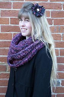 Calypso-cowl-knit-version_small2
