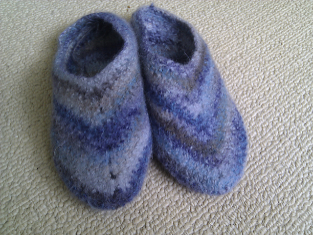 Ravelry: Crocheted felted slippers pattern by Better Homes and Gardens
