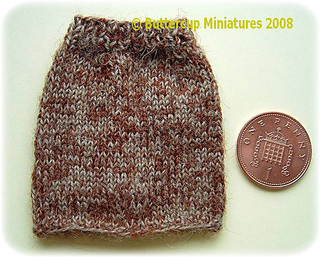 12thscaleknittedtweedskirtfront_small2