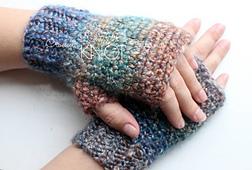 Homespun_fingerless_gloves_small_best_fit
