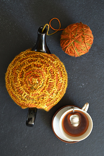 Dsc_1180_tea_cosy_small2