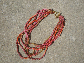 Stranded_chain_necklace_small2