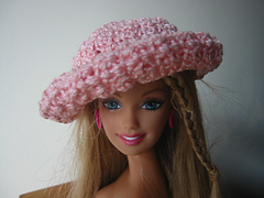 Barbie_hat_front_small