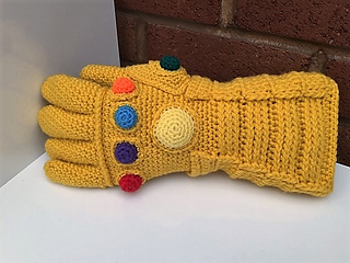 Avengers Infinity Gauntlet pattern by Christine Gibson