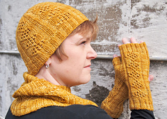 Apiary_mitts_2_small