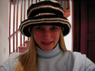 Hat_for_me_with_scraps_small2