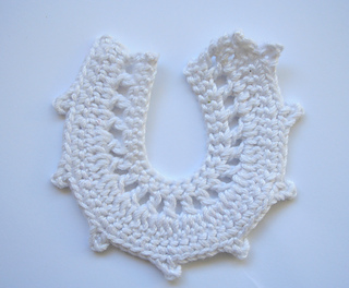Ravelry: Applique Horseshoe pattern by Laila Saide