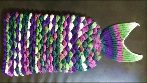Ravelry Loom Knit Mermaid Tail Blanket Pattern By Chloe Lambert