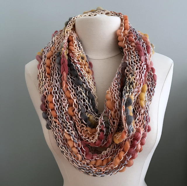 Ravelry: Bamboo Thick and Thin Cowl pattern by Grace Rose