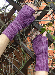 Hiddengusset_mitts5_small2