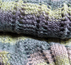 Scarf_with_two_right_sides2_small