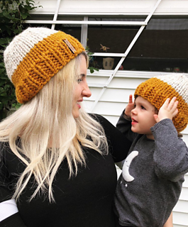 Ravelry  Mommy and Me Hat Set pattern by Kari Hartnett fa55993fe50