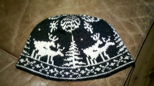 Ravelry  Hawkwing s Fornicating deer hat 113125c7808