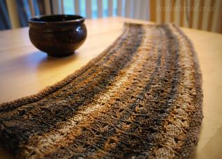 Kuri, Reversible Cowl pattern by Coryna Blasko