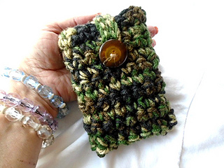 Free_crochet_pattern__cell_phone__mobile_phone_case_small2