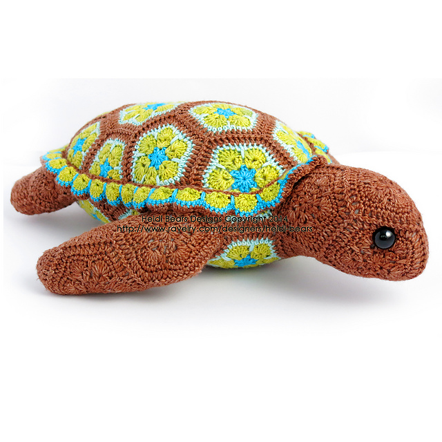 Ravelry Atuin The African Flower Turtle Pattern By Heidi Bears