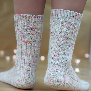 Vintage_fairy_lights_socks_5_small2