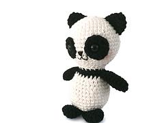 Free_panda_amigurumi_small