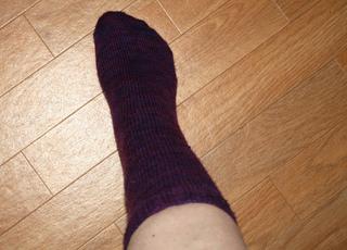 Monday_sock_002_small2