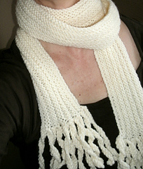 Vanilla_ice_cream_scarf_small